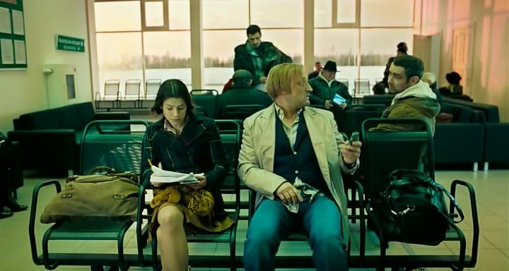 Uprazhnenija.v.prekrasnom.2011.O.DVDRip.ELEKTRI4KA.avi_snapshot_01.26.08_[2011.12.18_22.35.21]